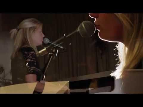 Paula Leek - Here   (Cover Alessia Cara)