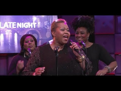 Joany Muskiet zingt het schitterende 'Oh Lord,  Stand By Me'! - RTL LATE NIGHT