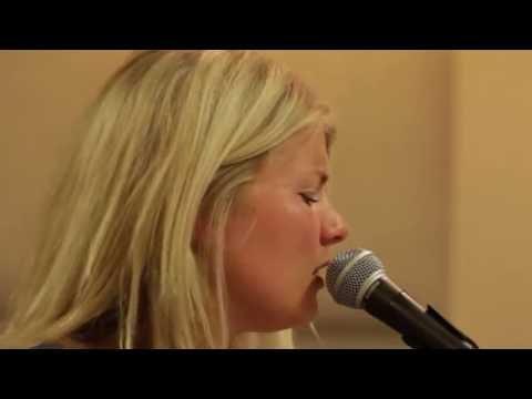 Paula Leek - Ken je mij ( Cover Trijntje Oosterhuis)