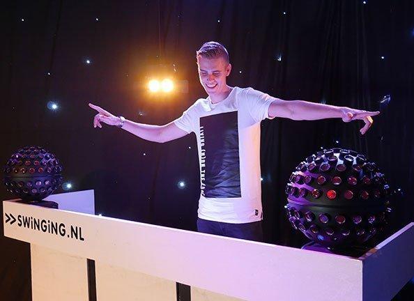 DJ Deventer: DJ Barry